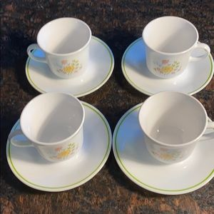 4 Corelle Spring Meadow Cups and Saucers
